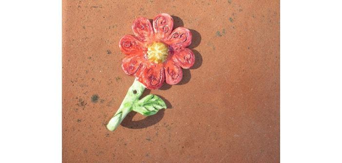 Immagine di un gancio fiore da muro