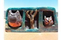 Immagine di un portacandele con personaggi