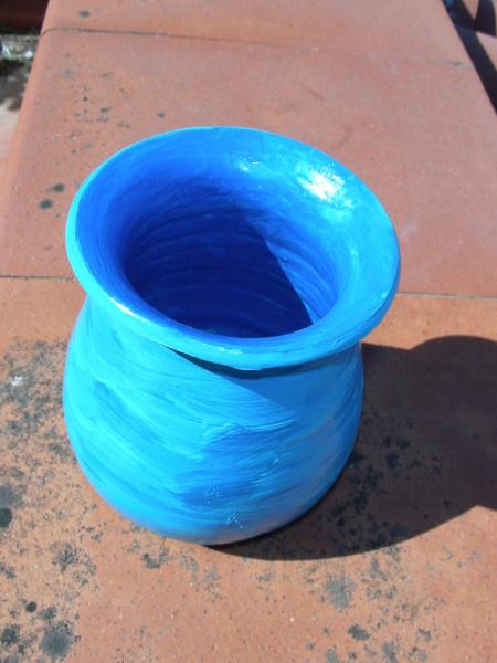 Immagine di un vaso azzurro vista superiore