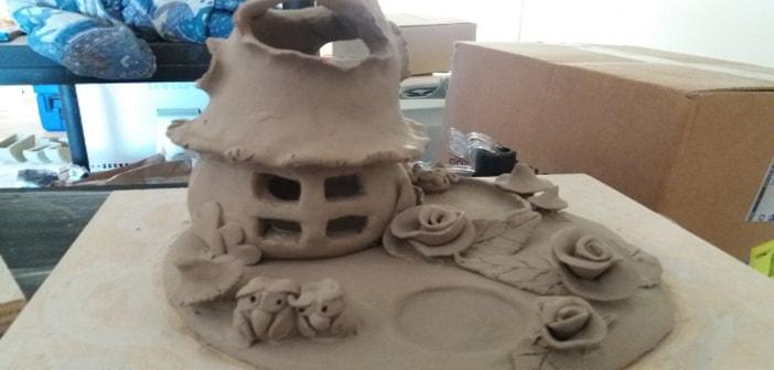Immagine di un portacandele creazione di ceramica