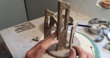 Immagine di un borgo ligure in ceramica